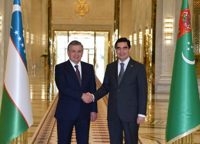 Shavkat Mirziyoyev Turkmanistonga boradi