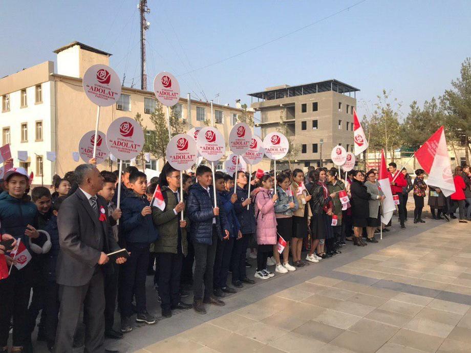 Toshkentda  korrupsiyaga qarshi namoyish o'tkazildi (foto)