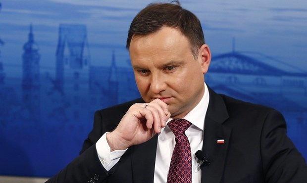 Европада хавф ортмоқда. Польша президенти ҳам касалланди