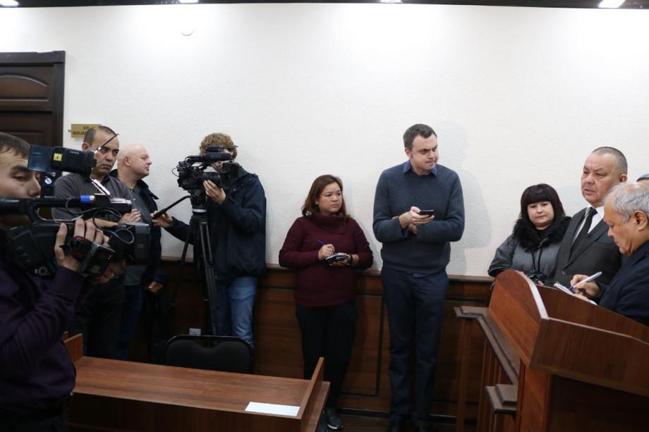 Олий суд уюштирган пресс-тур: «протокольный» мулоқотлардан қизғин баҳс-мунозараларгача...