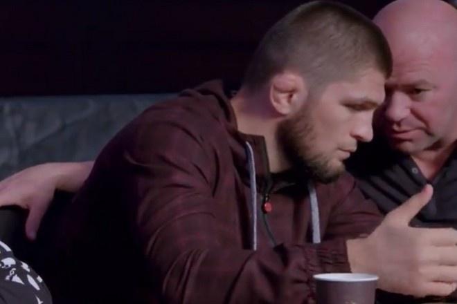 В Сети появилось видео, как глава UFC уговаривает Хабиба провести бой