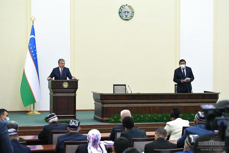 Президент Шуҳрат Ғаниевга янги вазифалар белгилаб берди
