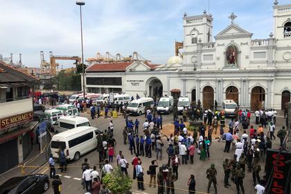 Более 40 человек погибли и сотни пострадали при взрывах на Шри-Ланке