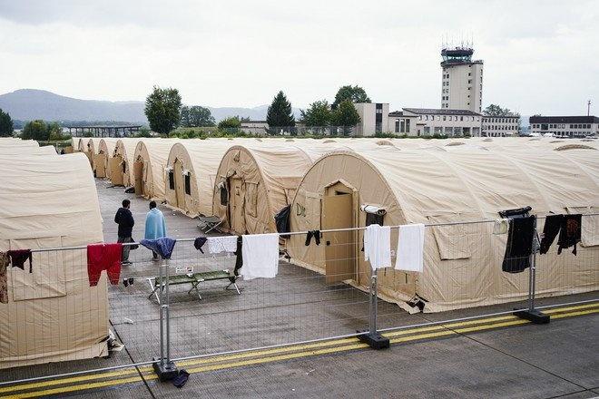 Военнослужащая США подверглась нападению беженцев из Афганистана