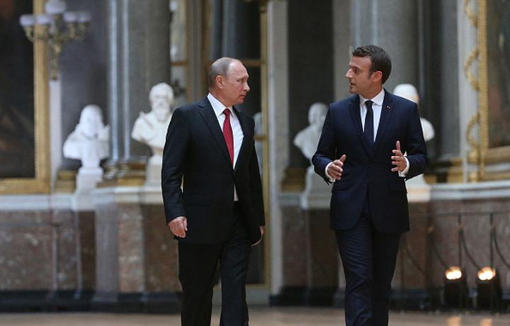 CNN: Трамп и Макрон решили пригласить Россию на встречу G7