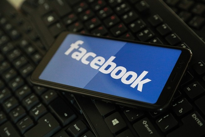 Пользователи Facebook столкнулись со сбоем
