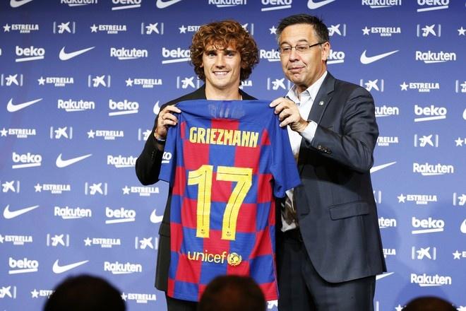 Президент «Барселоны» готов расстаться с Гризманном