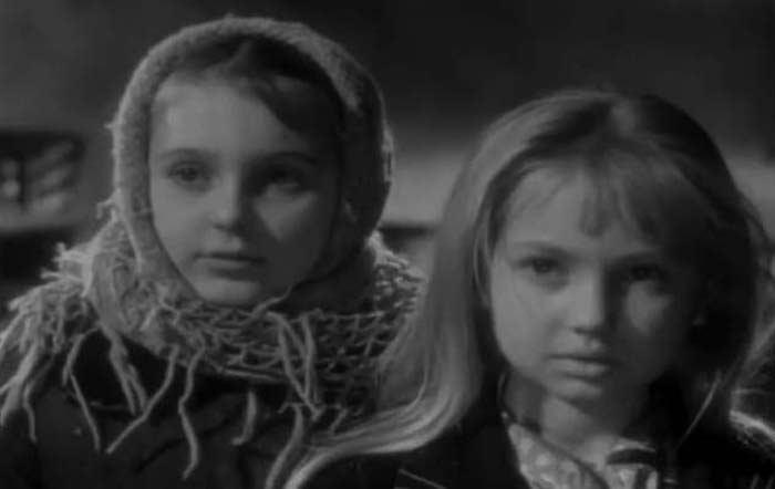 «Сен етим эмассан» фильмида онасини кўриш учун югурган қизча эсингиздами?