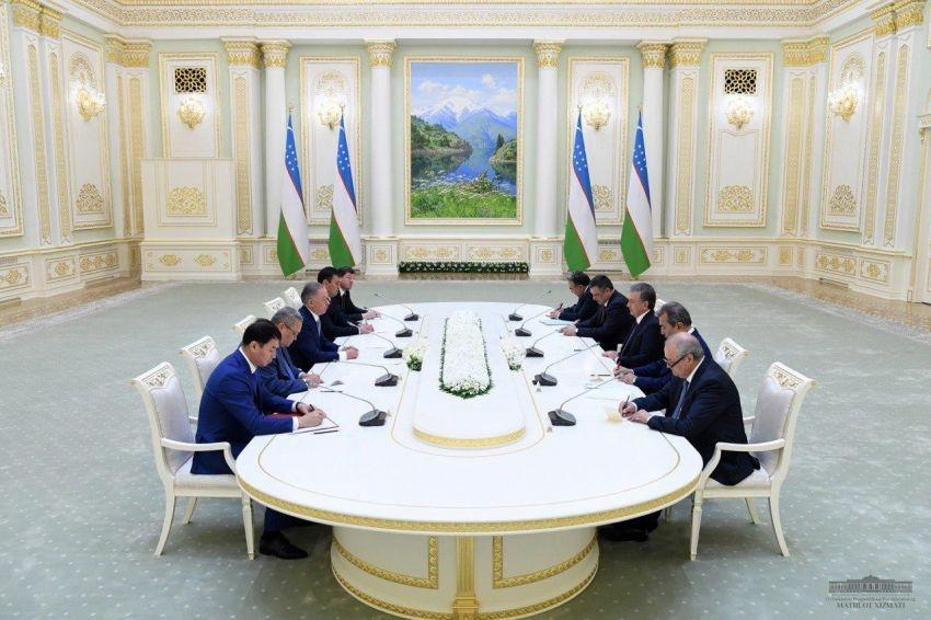 Шавкат Мирзиёев Қозоғистон Парламенти Мажлиси раисини қабул қилди