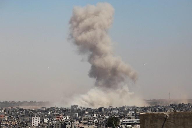 Израильская армия начала атаку на палестинские объекты в секторе Газа