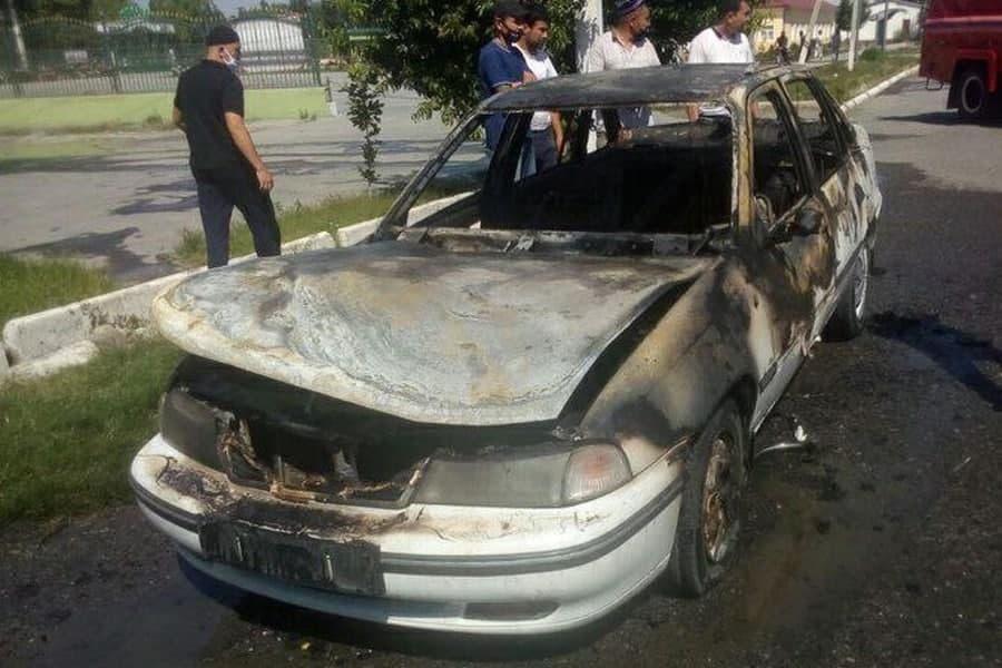 Трое мужчин погибли из-за взрыва газового баллона автомобиля по дороге в Ташкент