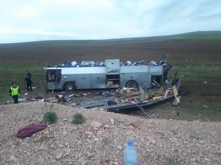 На трассе Алматы-Ташкент произошло ДТП: погибло 11 человек