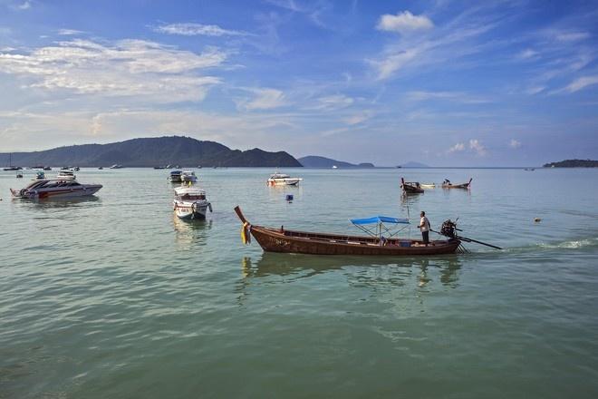 Турист провёл три дня в открытом море в Таиланде