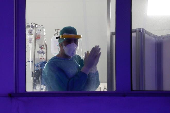 Биолог назвал ошибку Испании в ситуации с коронавирусом