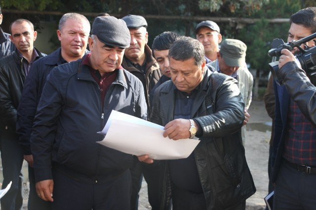 Зоир Мирзаев икки ташкилот раҳбарини ишдан бўшатди