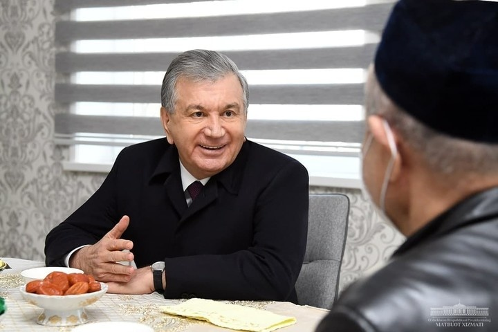 «Men o'zim qiynalib o'sganman, uzoq qishloqdan chiqqan odamman» – Shavkat Mirziyoyev